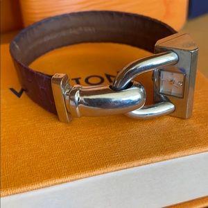 Authentic Van Cleef & Arpels 26mm Cadenas Watch